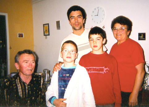 Michel Lagleize (SERVAS hosts, Mirande) with parents and sons Vincent & Martin