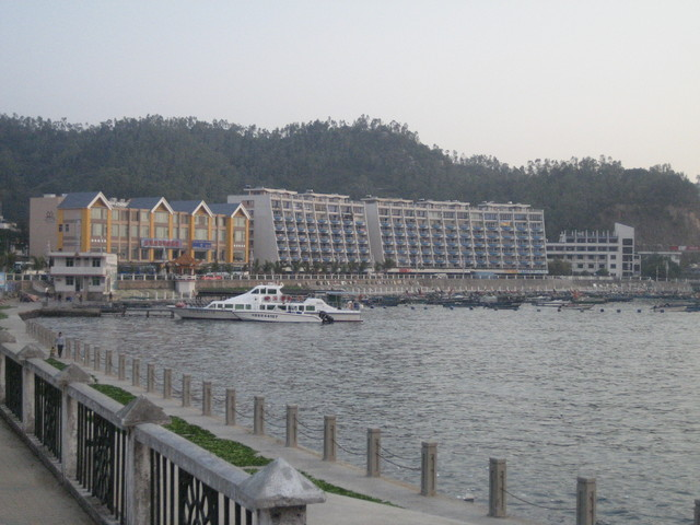 The town hasn't much buildable land; villas, hotels and residential blocks ring the shore.