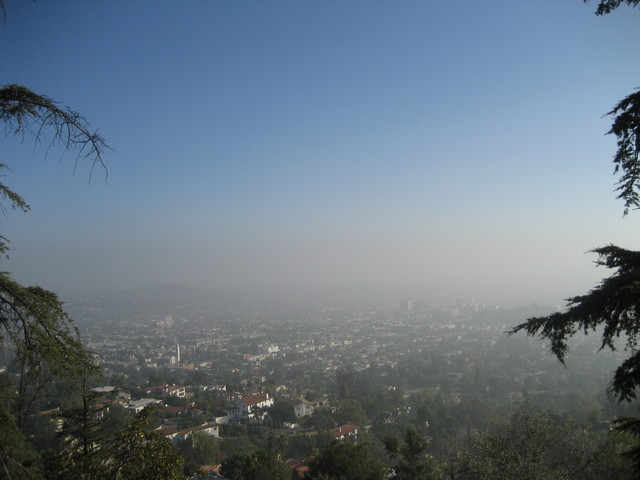 Los Angeles (same photo as spring trip's, but with haze)