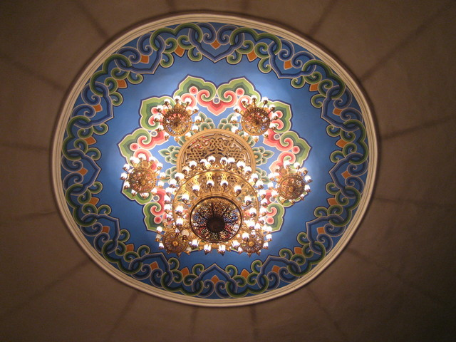 opera hall chandelier